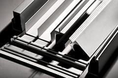 image-Endbearbeitungen und mechanische Bearbeitungen