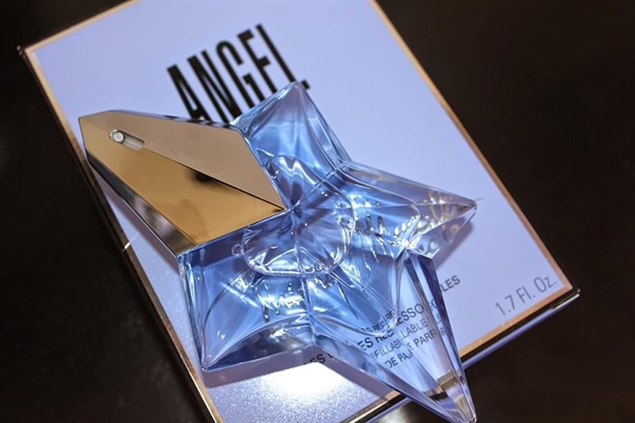 image Profilati Alluminio pour « Angel », le parfum féminin de Thierry Mugler