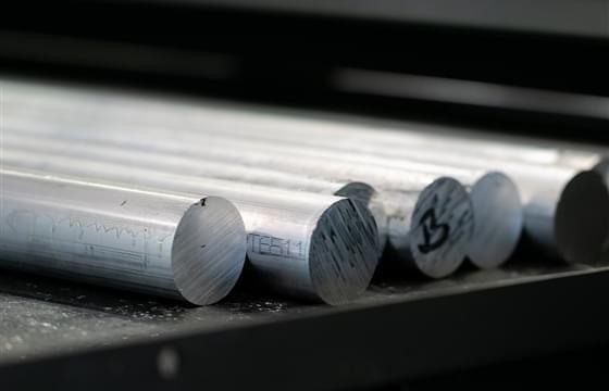 immagine anteprima Barre in alluminio: la gamma e le forme per ogni settore